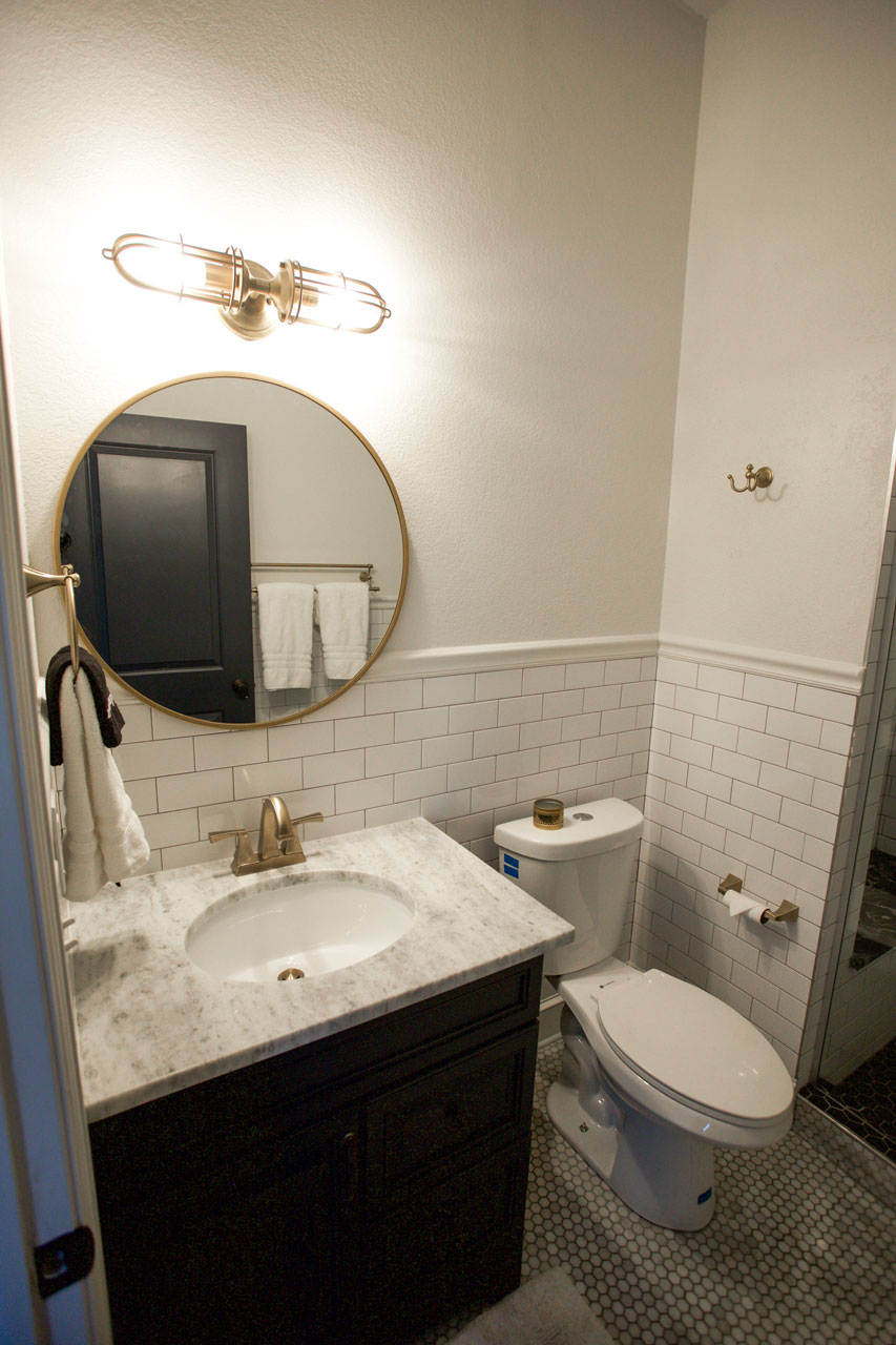 carriage house bathroom in unique hotel